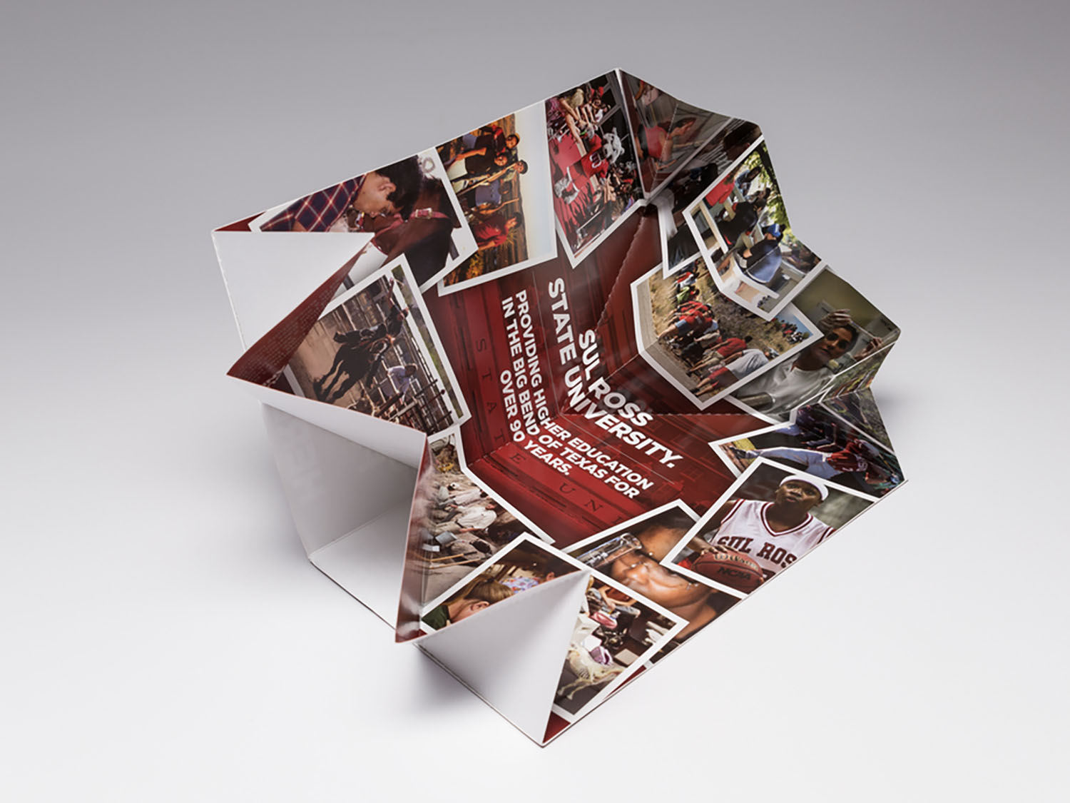 Increase the admission applications to your university with our Exploding Page Direct Mailer